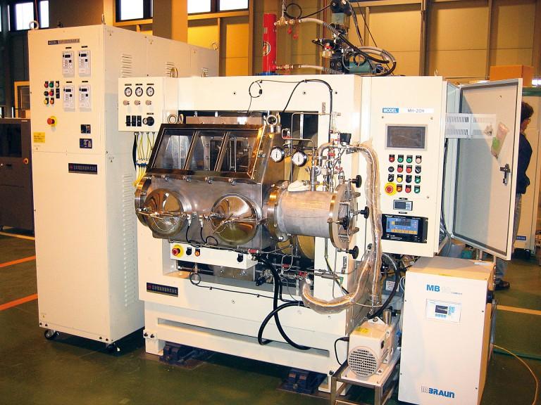 日本電磁測器02